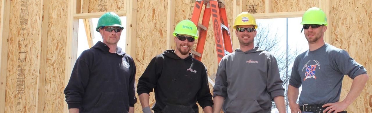 crew Hartland Construction